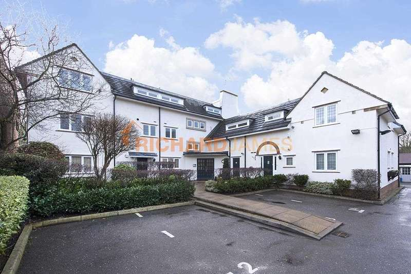 2 Bedrooms Apartment Flat for sale in Consort House, Albert Road, London