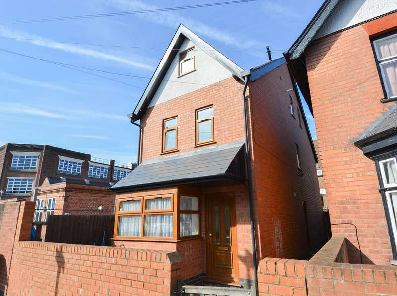 3 Bedrooms Detached House for sale in Harold Road, Birmingham, B16
