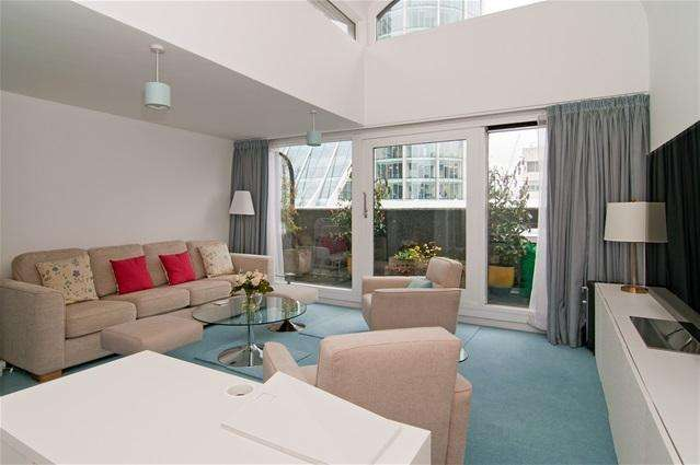 2 Bedrooms Flat for sale in Willoughby House, Barbican