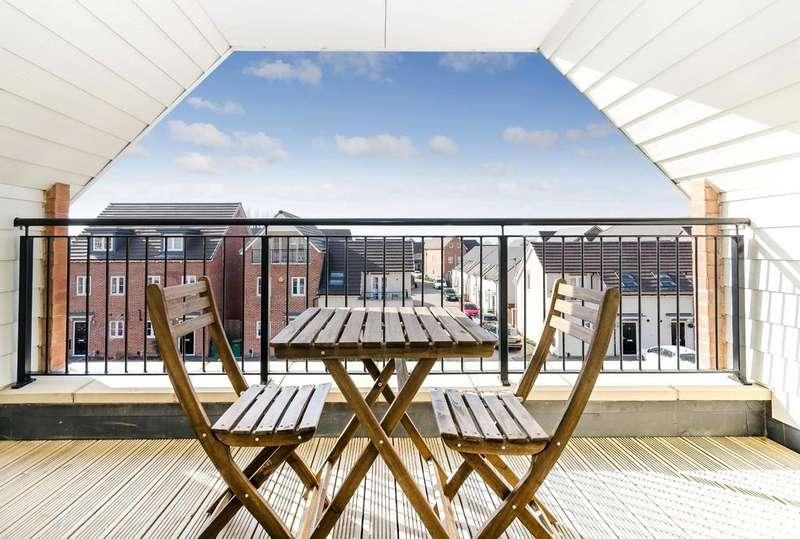 3 Bedrooms Semi Detached House for sale in Walton Park Street, Castleford