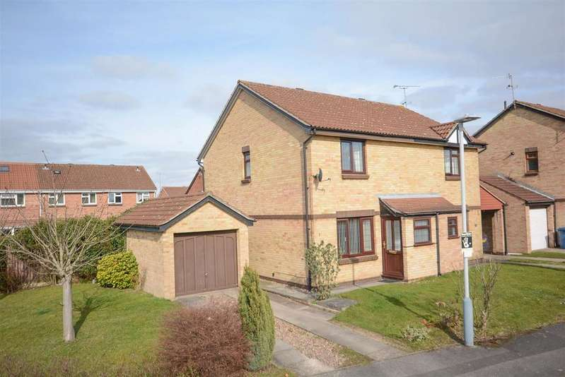 3 Bedrooms Semi Detached House for sale in Claremont Drive, West Bridgford, Nottingham