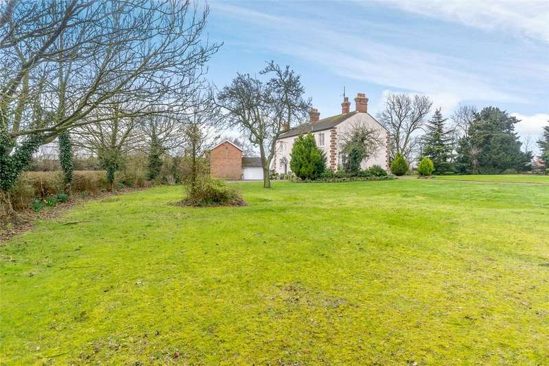 5 Bedrooms Detached House for sale in Church Lane, Newton Bromswold, Rushden, Northamptonshire, NN10