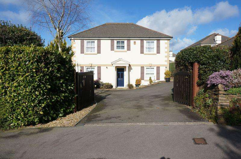 4 Bedrooms Town House for sale in Horsewhim Drive, Callington