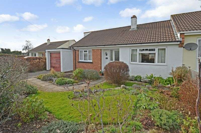 2 Bedrooms Property for sale in Orchard Close Kingsteignton, Newton Abbot
