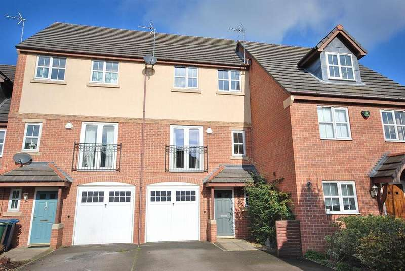 4 Bedrooms Town House for sale in Hudson Way, Radcliffe-On-Trent, Nottingham