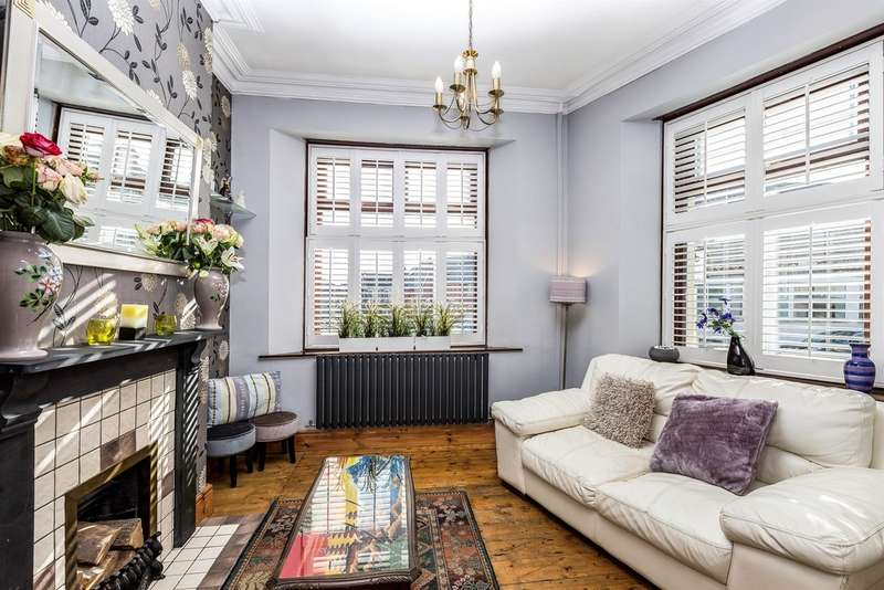 3 Bedrooms End Of Terrace House for sale in Arcot Street, Penarth