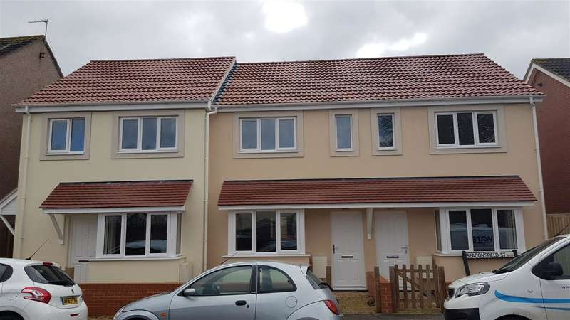 3 Bedrooms Semi Detached House for rent in Beaconsfield Street, BARTON HILL, Bristol