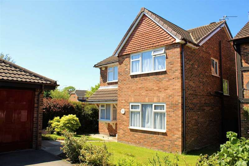 4 Bedrooms Detached House for sale in Little Aston Close, Macclesfield