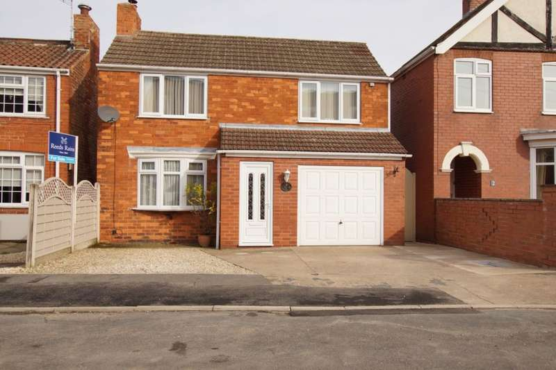 3 Bedrooms Detached House for sale in Colton Street, Brigg, DN20