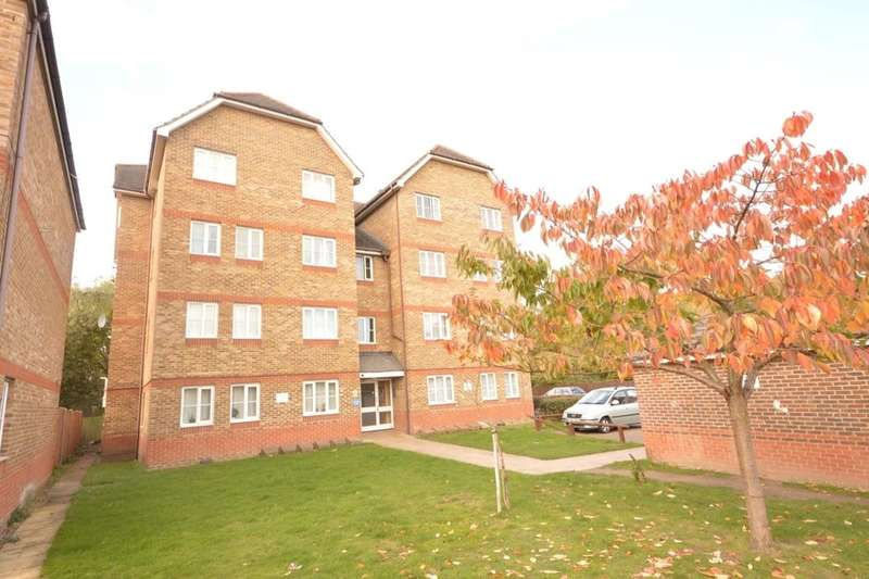 2 Bedrooms Flat for sale in Woburn Close, North Thamesmead , London, SE28