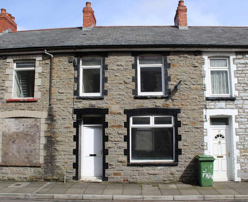 3 Bedrooms Terraced House for sale in Park Street, Penrhiwceiber, Mountain Ash, Mid Glamorgan, CF45 3YL