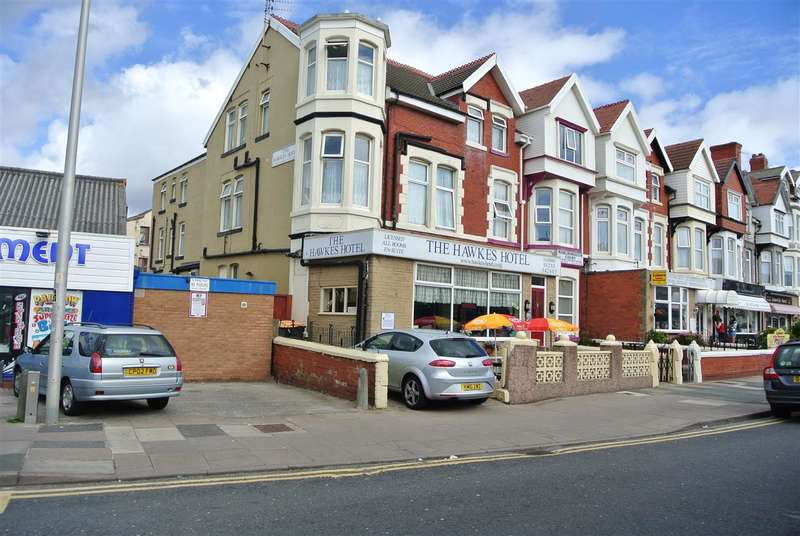 14 Bedrooms Hotel Commercial for sale in Station Road, Blackpool