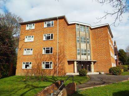 3 Bedrooms Flat for sale in Winn Road, Southampton, Hampshire