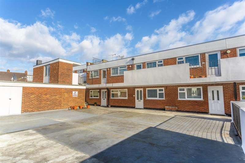 2 Bedrooms Apartment Flat for sale in High Street, Cheam, Sutton