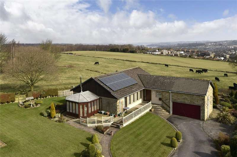 3 Bedrooms Detached Bungalow for sale in Church Lane, South Crosland, Huddersfield, HD4