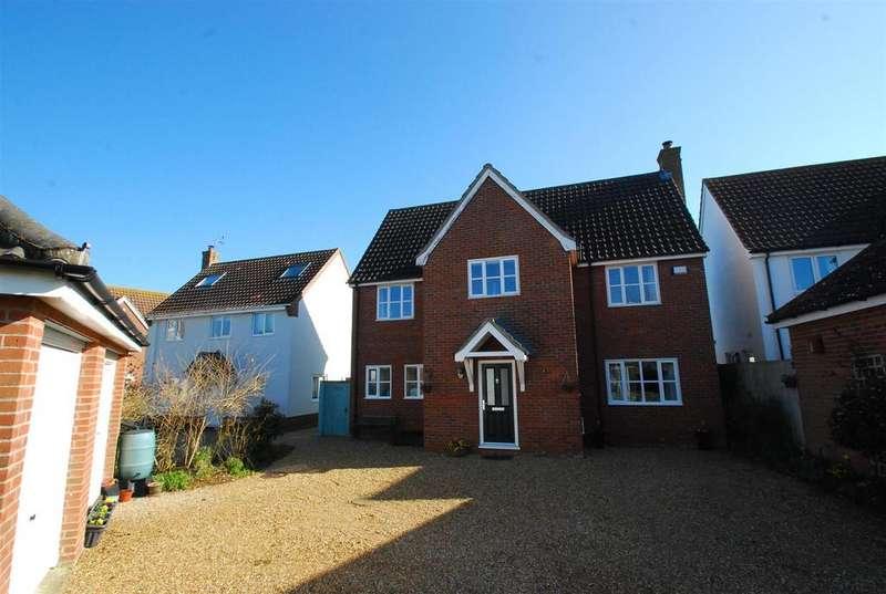 4 Bedrooms Detached House for sale in St. Andrews Close, Barningham, Bury St. Edmunds