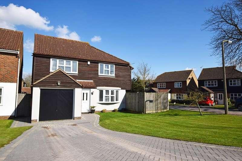 4 Bedrooms Detached House for sale in Harrow Road, HEMPSTEAD, ME7