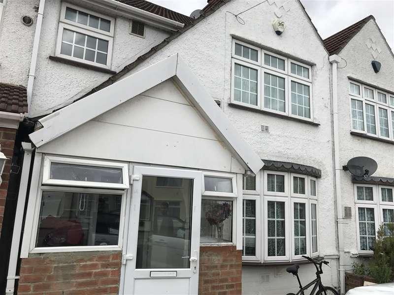 3 Bedrooms Terraced House for sale in Burnham Gardens, Hounslow