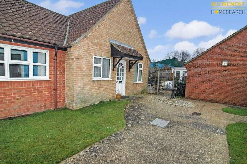 2 Bedrooms Property for sale in Northwell Place, Swaffham, PE37 7HH