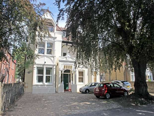 3 Bedrooms Flat for sale in North Common Road, Ealing