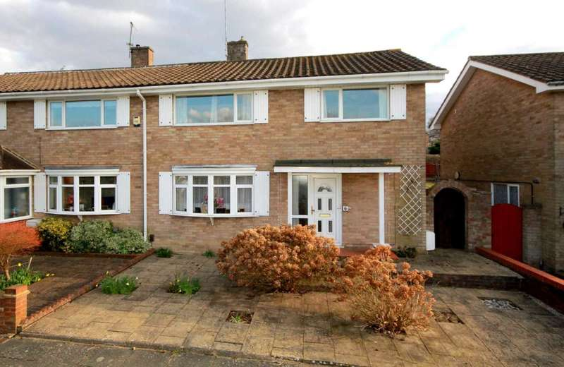 3 Bedrooms House for sale in 3 DOUBLE BED WITH POTENTIAL & GARAGE