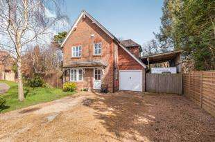 4 Bedrooms Detached House for sale in McMichaels Way, Hurst Green, Etchingham, East Sussex