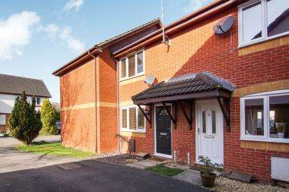 2 Bedrooms Terraced House for sale in Long Mead, Yate, Bristol, Gloucestershire