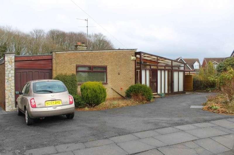 3 Bedrooms Bungalow for sale in Longridge Crescent, Smithills