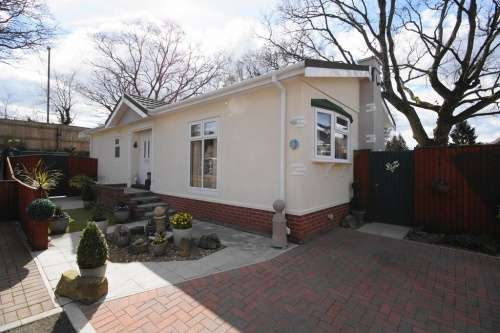 2 Bedrooms Park Home Mobile Home for sale in Sunest Park, St Ives