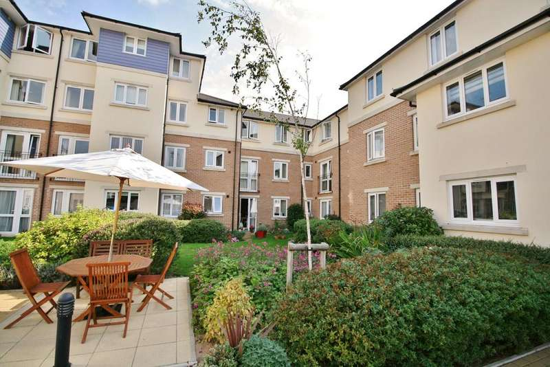 2 Bedrooms Retirement Property for sale in 94 Alverstone Road, Southsea