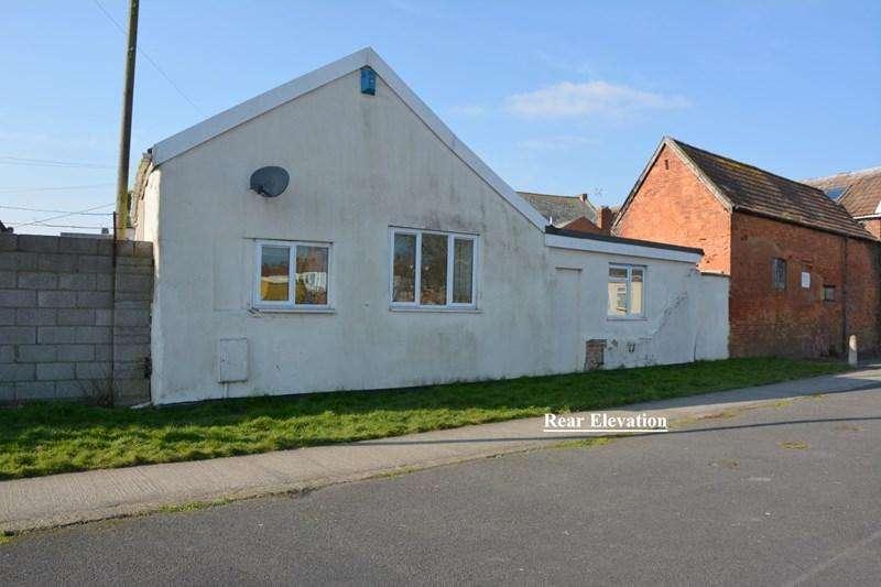 4 Bedrooms Bungalow for sale in Church Street, Highbridge