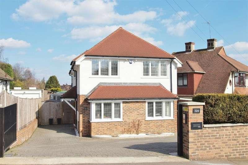 4 Bedrooms Detached House for sale in Corkscrew Hill, West Wickham, Kent