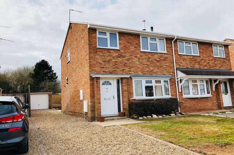 3 Bedrooms Semi Detached House for rent in Rowley Road, Whitnash, Leamington Spa, CV31