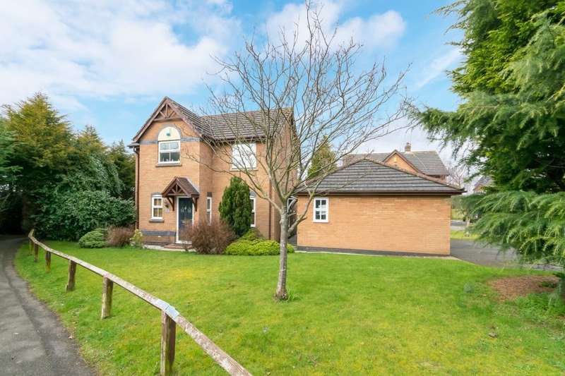 3 Bedrooms Detached House for sale in Waterside Drive, Frodsham, WA6