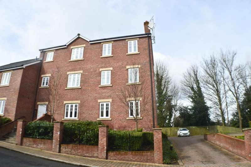 2 Bedrooms Apartment Flat for sale in Bowman Drive, Hexham, NE46