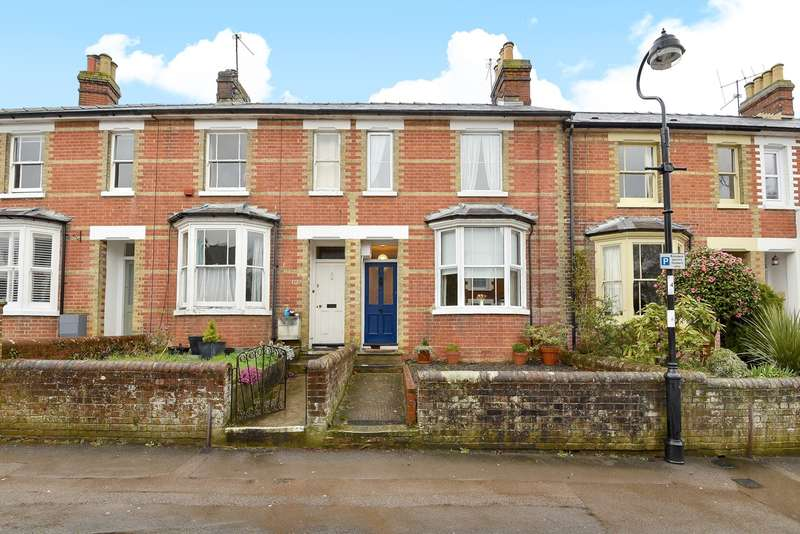 3 Bedrooms Terraced House for sale in Cliddesden Road, Town Centre, Basingstoke, RG21