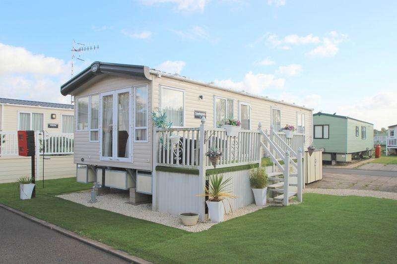 2 Bedrooms Caravan Mobile Home for sale in Rayford Caravan Park, Stratford Upon Avon