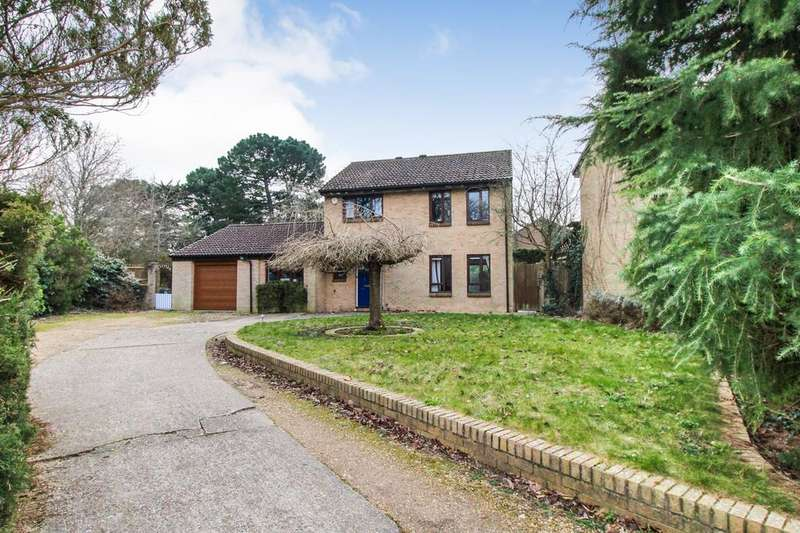 4 Bedrooms Detached House for sale in Yaverland, Netley Abbey