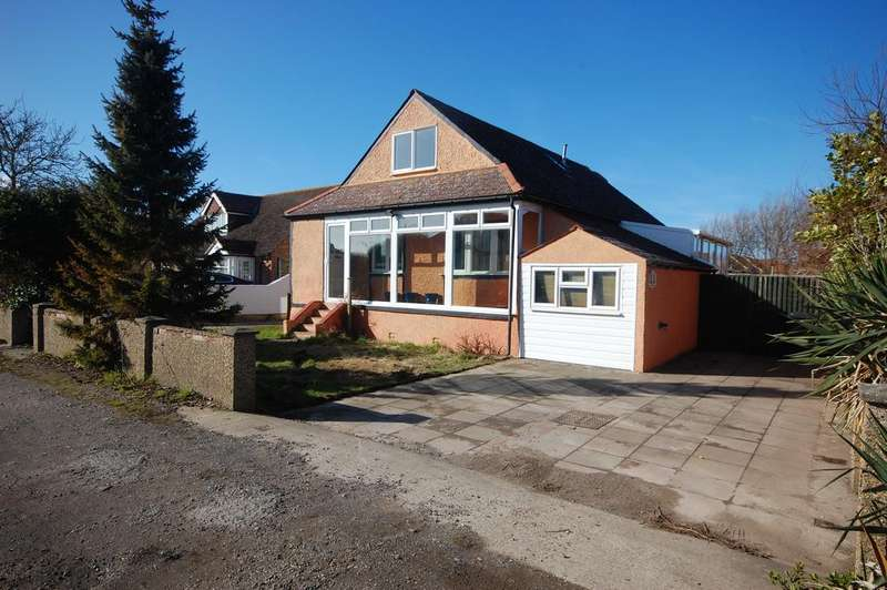 3 Bedrooms Detached House for sale in Park Road, Selsey, Chichester PO20