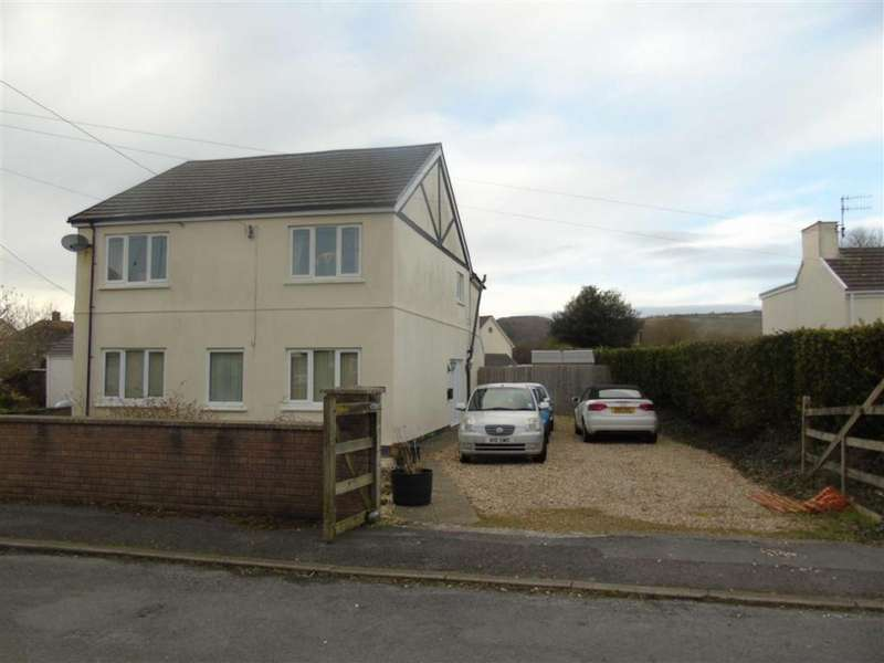 4 Bedrooms Detached House for sale in Y Derwydd, Burry Port