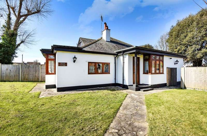 3 Bedrooms Detached Bungalow for sale in Aldwick, Bognor Regis, PO21