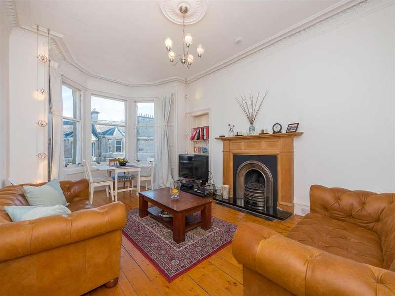 2 Bedrooms Flat for sale in Comely Bank Street, Edinburgh