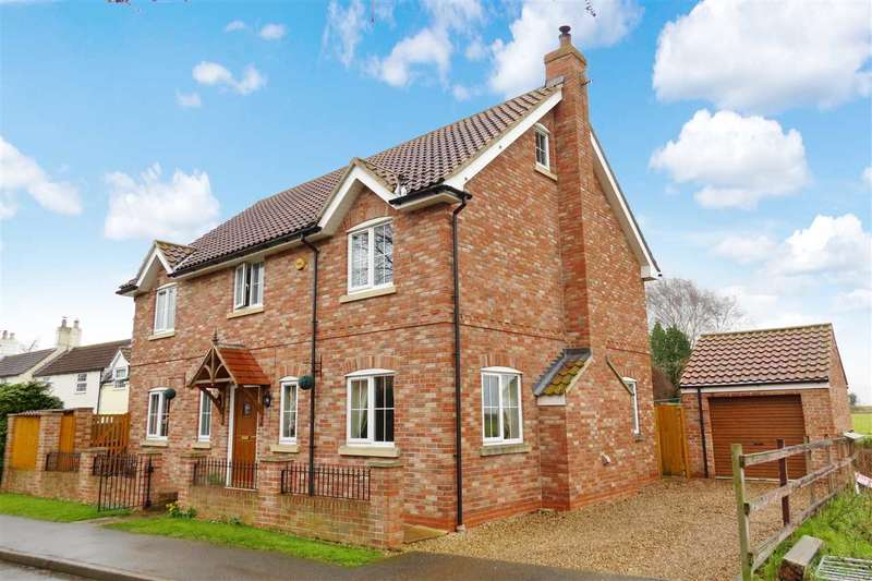 6 Bedrooms Detached House for sale in Chapel Lane, Little Hale