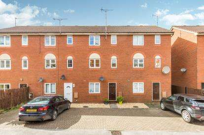 2 Bedrooms Maisonette Flat for sale in Southampton, Hampshire, .