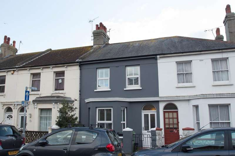 2 Bedrooms Terraced House for sale in Susans Road, Eastbourne