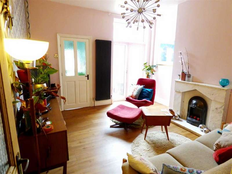 2 Bedrooms Terraced House for sale in Wincombe Street, Fallowfield, Manchester, M14