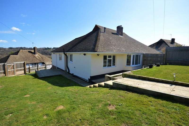 3 Bedrooms Semi Detached Bungalow for sale in High Ridge, Hythe, Kent