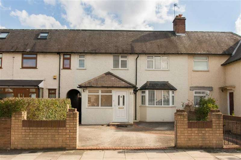 3 Bedrooms Terraced House for sale in Canada Road, London
