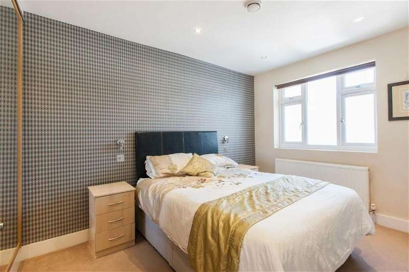 2 Bedrooms Flat for sale in Ashfield Road, London
