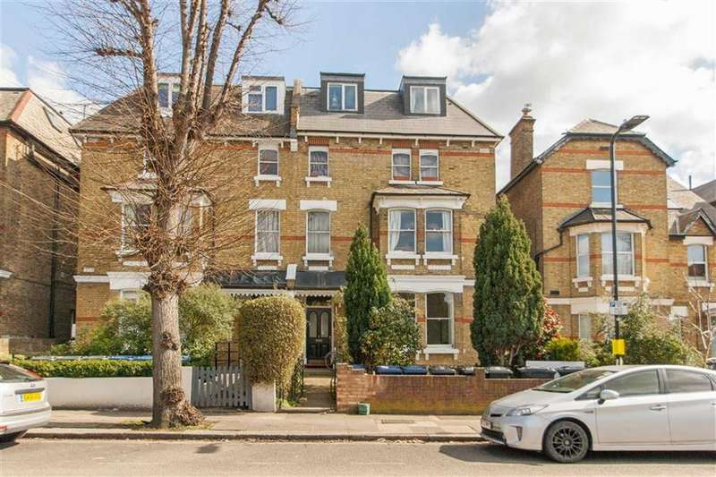 1 Bedroom Flat for sale in Cumberland Park, London